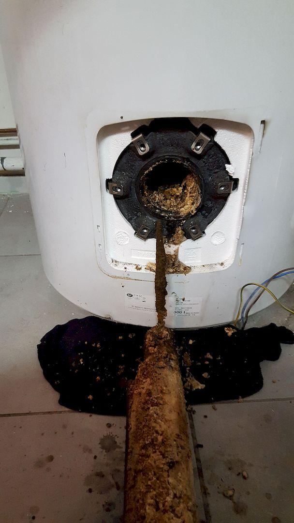 Détartrage d'un chauffe-eau électrique